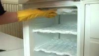 Намерзает лед, иней в морозильнике Siemens